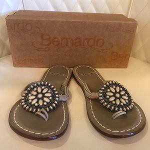 NEW Bernardo Sandles